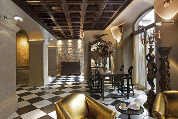 Aparthotel arai barcelona dllum barcelona for Derby hotels collection